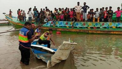 At least 26 die as speed boat overturns in Bangladesh river
