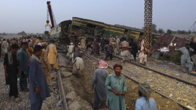 Train barrels into another in Pakistan, killing at least 51