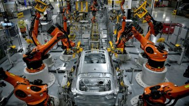 U.S. manufacturing gains steam; raw material, labor shortages mounting