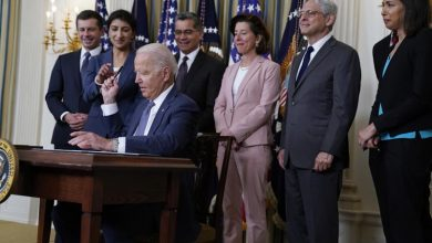 Biden mileage rule to exceed Obama climate goal