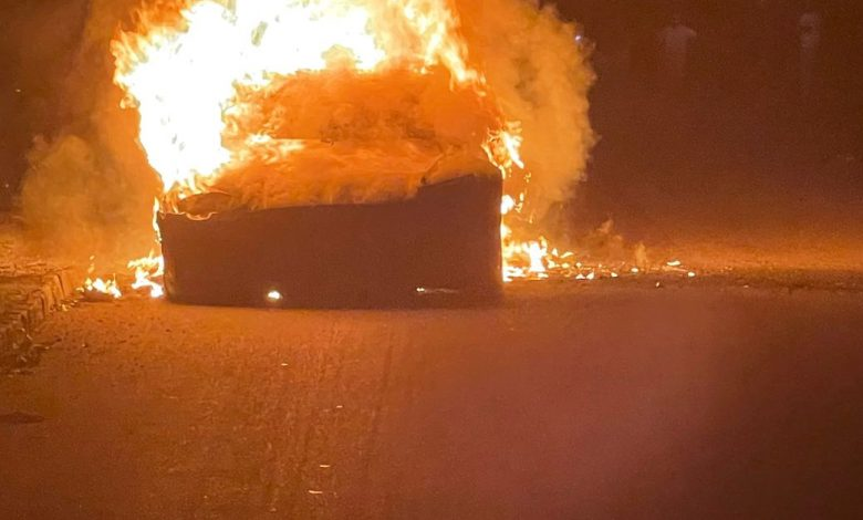 A base-evaluated $129,900 Tesla Model S Plaid burst into flares while being driven for the current week, constraining the driver to push out before the vehicle got inundated in fire