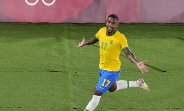 Brazil beat Spain to win men's soccer championship