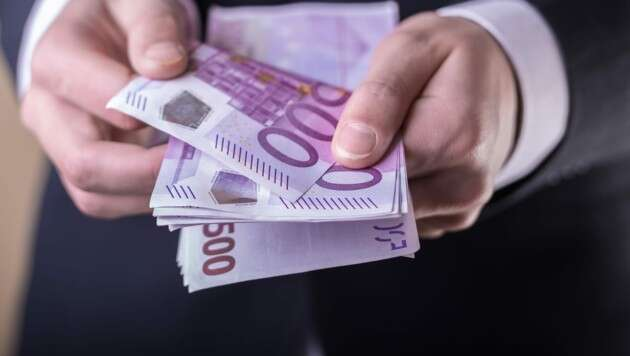 France for lower cash limit in EU