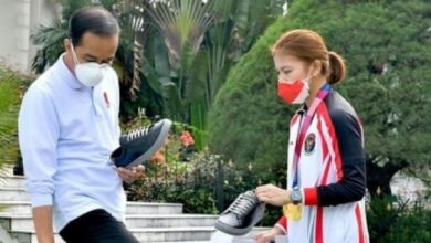 Making Netizens Envy, Greysia Polii Shoes Products Promoted by President Jokowi