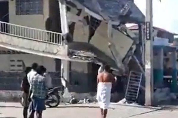 earthquake hits Haiti
