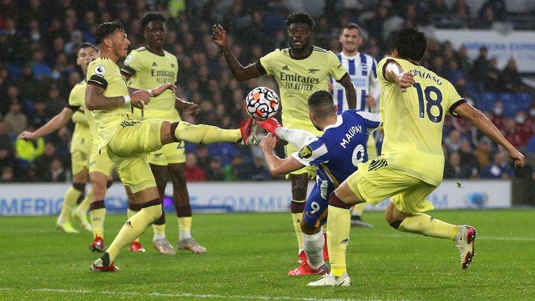 Arsenal's winning streak breaks in Brighton